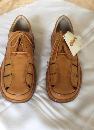 Літні туфлі 43 розмір, нові