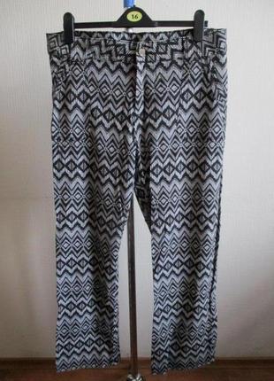 Льняные брюки в принт f&f
