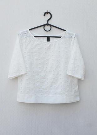 Белая летняя хлопковая блузка