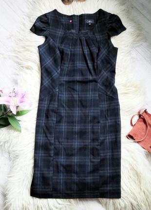 Классическое платье от new look