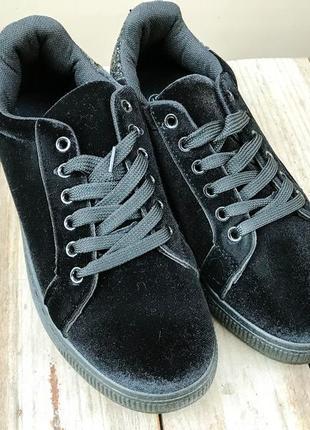 Крутые кроссовки, тренд