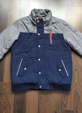 Демисезонная курточка на подростка