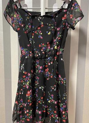 Супер платье актуальный принт