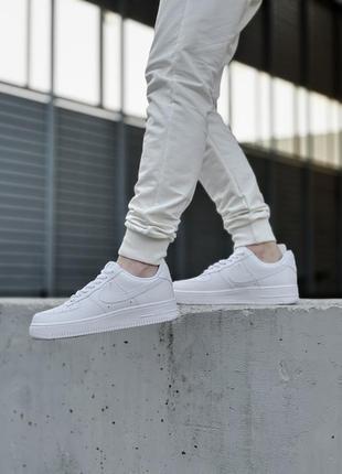 Шикарные мужские кроссовки nike air force 1 low white белые кросівки2 фото