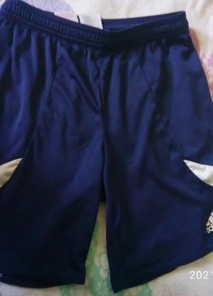 Спортивные шорты адидас на мальчика рост 152 см