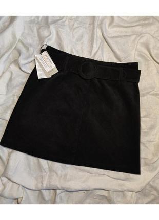 Новая чёрная вельветовая мини юбка трапеция с поясом на завышенной талии