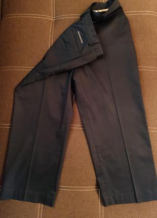 Черные стильные штаны, брюки , классика от burberry golf. 98% хлопка. оригинал, испания!