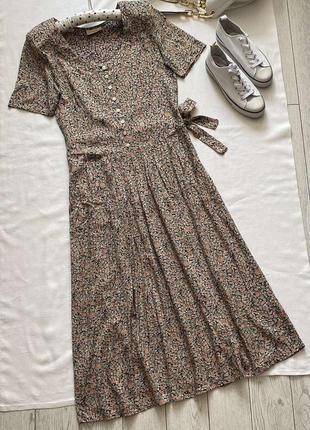 Стильное платье в винтажном стиле вискоза