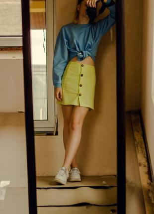 Яркая летняя юбка на пуговках