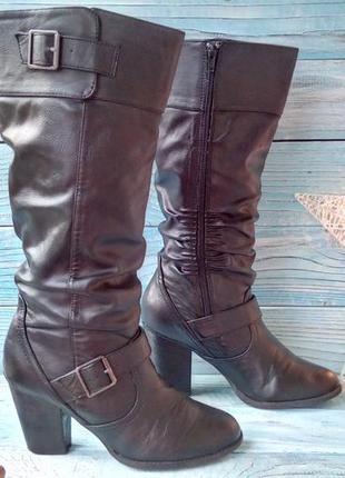 Комфортные сапоги от new look на 39 р. (на ножку 24,5 - 25 см)  замер по стельке 25,5 см