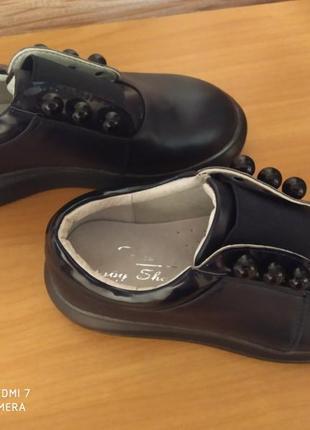 Новые туфли на девочку. размер 30.