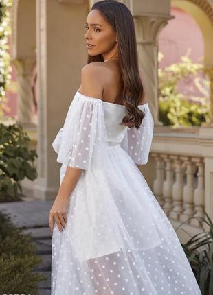 Белое воздушное свадебное, венчальное, вечернее платье с открытыми плечами4 фото