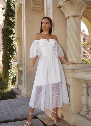 Белое воздушное свадебное, венчальное, вечернее платье с открытыми плечами5 фото