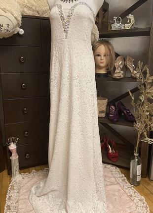 Белое свадебное вечернее платье в пол