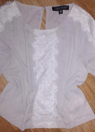 Блуза с французским кружевом