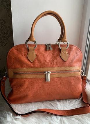 Яркая кожаная сумка firenze