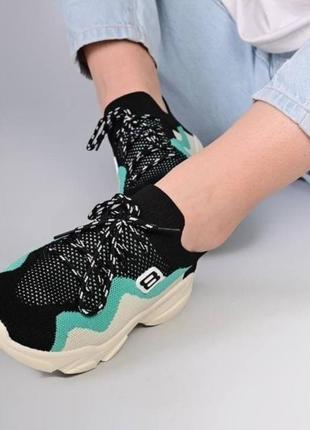 Стильные подростковые кроссовки унисекс сетка