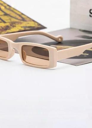 Прямоугольные бежевые очки в широкой оправе,2021,пластиковая оправа