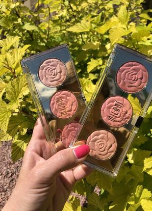 Румяна milani rose blush trio palette