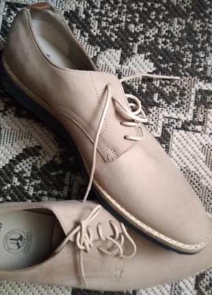 Фірмові англійські літні туфлі clarks,оригінал,нові.