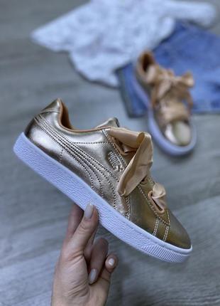 Шикарнейшие лаковые кроссовки с шнурками бантами puma basket