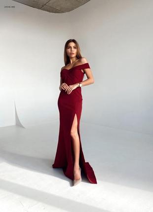 Вечернее бордовое платье в пол