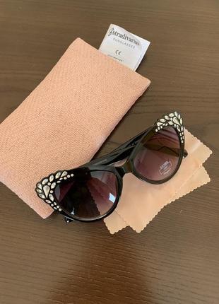 Сонцезахисні окуляри «лисички»