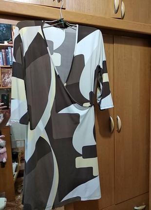 Женское платье,размер l m, фирма- benotti