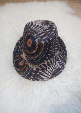Шляпа black number