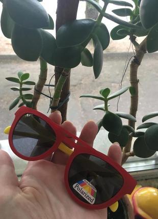 Детские (2-7 лет)очки солнцезащитные полароид
