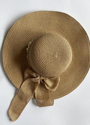 Шляпа соломенная пляжная с широкими полями