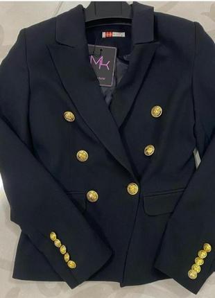 Шикарный пиджак с подкладкой, люкс качество.