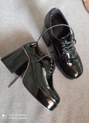 Ботинки броги туфли туфлі на платформі