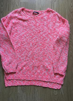 Яркий и тёплый свитер