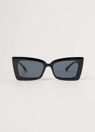 Актуальные солнцезащитные очки тренд черный геометрия большие ретро окуляри сонцезахисні