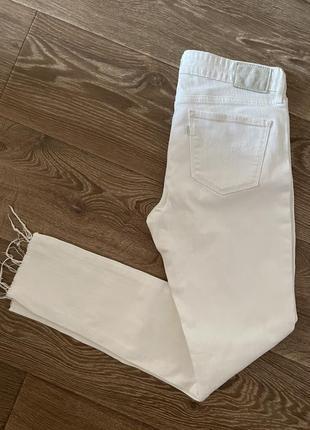 Белые скини levi's