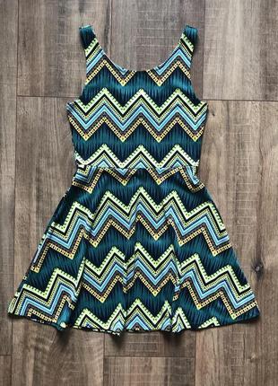 Платье отрезное сарафан геометрический принт плаття летнее стильное стильне тренд