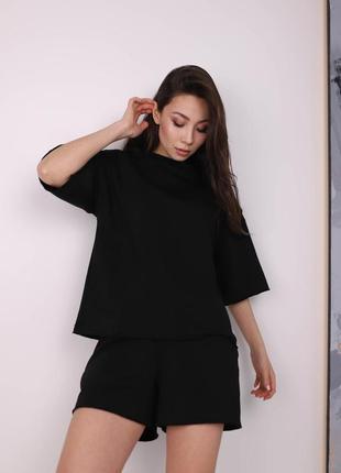 Летний женский повседневный костюм комплект футболка и шорты чёрный