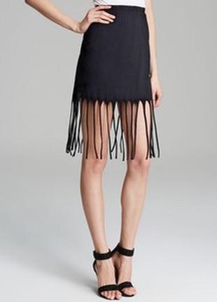 Черная короткая юбка с бахромой по низу s l