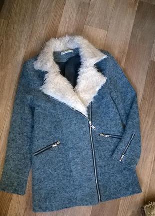 Стильное пальто,полу-пальто,куртка косуха.