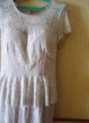 Нарядное платье из гипюра