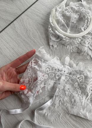 Белый кружевной свадебный комплект белья5 фото