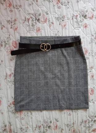 Короткая юбка в клетку от boohoo.