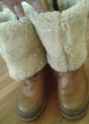 Теплые-натуральная овчинка-фирменные кожаные сапоги -трансформеры от diadora 37,5 р.