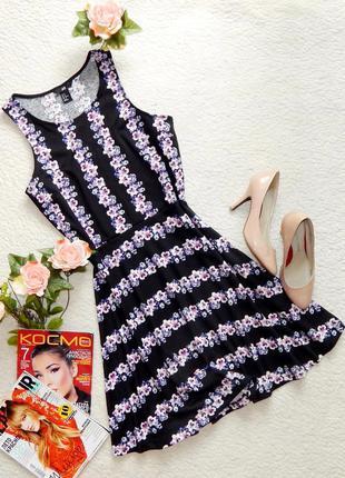Стильное платье в цветочный принт h&m
