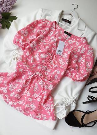 Красивая трендовая блуза