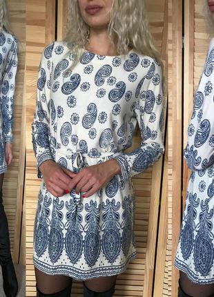 Красивое платье в огурцы wenni