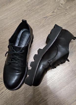 Туфли bershka (39р)