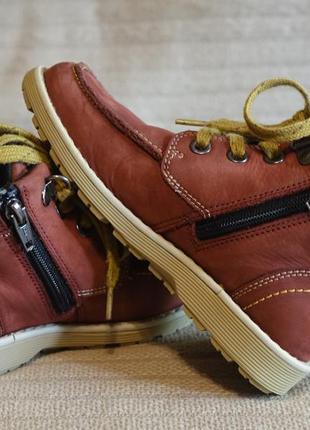 Классные фирменные терракотовые кожаные ботинки clarks англия 27 1/2 р.