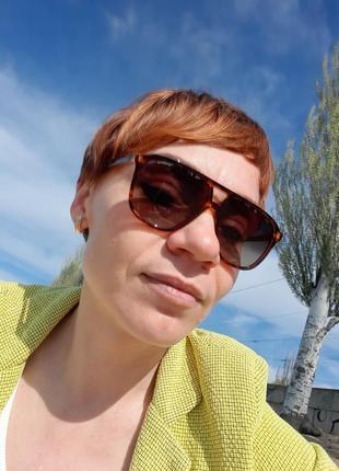 Соолнцещащитные очки ,унисекс.
